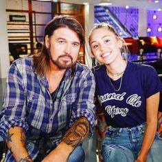 "892.7k Likes, 2,578 Comments - Miley Cyrus (@mileycyrus) on Instagram: ""#TeamMiley !!!!! @billyraycyrus is my Team Advisor!!!! #TeamDad @nbcthevoice"""
