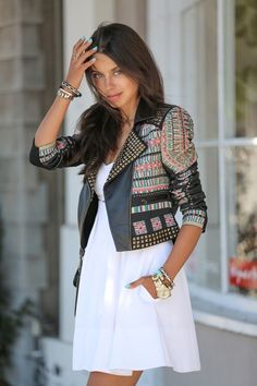 Printed Aztec studded leather jacket + simple white dress - Street Style. <3