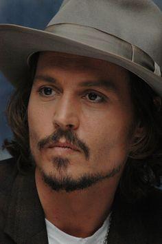 Johnny Depp - Hot, hot, hot!!!!