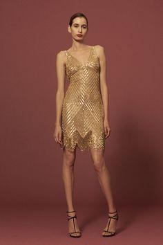 Naeem Khan Pre- Fall 2016: Sexy & glam golden sequins dress!