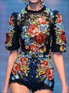 Dolce & Gabbana F/W 2012 #fashion #runway