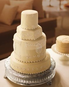 """See the """"Golden Almond Wedding Cake"""" in our 31 Fall Wedding Cakes We're Obsessed With gallery"""