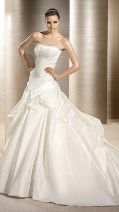 OLGA / Bridal Gowns / 2012 Collection / Avenue Diagonal