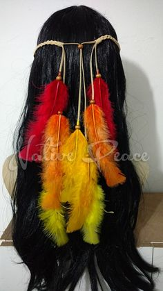 Feathered Hairstyles, Up Hairstyles, Bird Makeup, Magic Crafts, Hippie Costume, Indian Costumes, Crazy Hair Days, Feather Jewelry, Halloween Festival