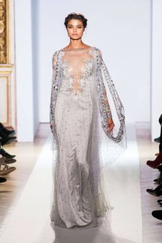 Zuhair Murad - Haute Couture - Spring 2013 - Spring Most Beautiful Haute Couture Gowns - StyleBistro whoa absolutely stunning! Style Couture, Couture Fashion, Runway Fashion, Paris Fashion, Beautiful Gowns, Beautiful Outfits, Fashion Week, Fashion Show, Mode Glamour