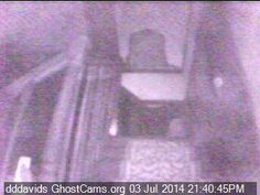 Casper the friendly orb Real Ghost Photos, Real Haunted Houses, Real Ghosts, Ghost Hunting, Dark Art, Night, Creepy Stuff, Graveyards, Chicken Meals