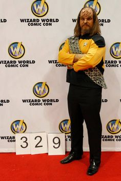 Wizard World Nashville 2012 - Star Trek The Next Generation - Lt. Worf - Jeff Lester
