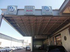 Struttura in ferro per concessionaria Audi