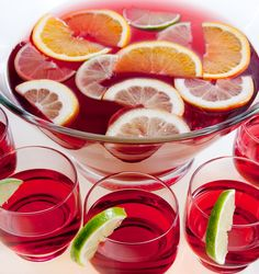 alcoholic party drinks Sparkling Cranberry Punch: A Fruity, Non-Alcoholic Party Drinks Alcohol, Juice Drinks, Fruit Drinks, Beverages, Cocktail Juice, Bar Drinks, Healthy Drinks, Alcoholic Punch Recipes, Drinks Alcohol Recipes