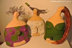 Carlotta Parisi - Trio di Sculture di carta di Carlotta ParisiSculture in cartapesta, fil di ferro e argilla.