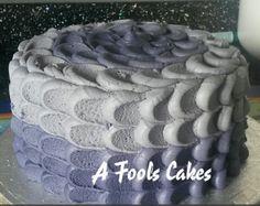 I LOVE these kinda cakes! #purple #buttercream #afoolscakes