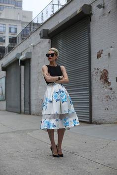 Eadie // Atlantic Pacific Atlantic-Pacific: like a lady Atlantic Pacific, Pacific Blue, Vetements Clothing, Topshop Skirts, Topshop Shoes, Tibi Dresses, Vogue, Skirt Tutorial, Mode Inspiration