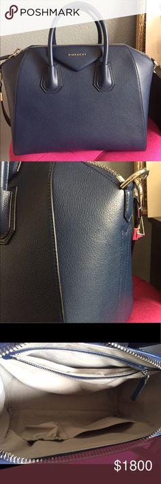7a74072e15 GIVENCHY ANTIGONA MEDIUM SUGAR LEATHER BLUE AUTH! Givenchy antigona medium  size. Navy blue sugar