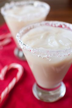 """Peppermint White Russians, this will have to be the drink I use for the next """"ladies night"""" get together at Christmas!"""