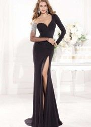 prom dress feather on sale at reasonable prices, buy Vestidos De Fiesta Sexy Beaded Long Sleeve Floor Length Mermaid Prom Dresses With Slit Fashion Evenin Robe De Soiree from mobile site on Aliexpress Now! Unique Dresses, Elegant Dresses, Sexy Dresses, Beautiful Dresses, Formal Dresses, Party Dresses, Reception Dresses, Dresses 2014, Formal Prom