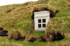 I like the concept of these homes but this is a little wild and woolly for me!