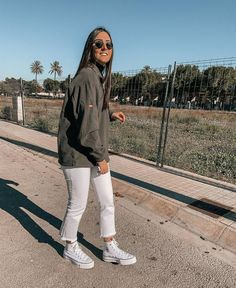 Spring Outfits, Winter Outfits, Outfits With Converse, Daily Look, Street Style Women, Stylish Outfits, Autumn Winter Fashion, Vsco, What To Wear