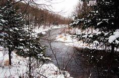 En remontant la rivière au Saumon vers Kingsbury Crédit photo : L. Galarneau
