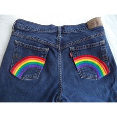 Rainbow pocket jeans by Boho Rain - Frauenhose Painted Shorts, Painted Jeans, Painted Clothes, Denim Paint, Pride Outfit, Diy Clothing, Custom Clothes, Boho Jeans, Diy Fashion