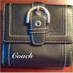Coach Wallet Black leather trifold Coach wallet. Good condition. Flap change holder. Coach Bags Wallets