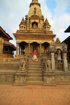 NEPAL Bhaktapur   Kathmandu   Nagarkot   Patan   Pokhara