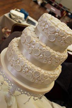 button wedding cake!
