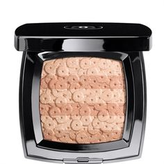 LUMIÈRE D'ARTIFICES BEIGES - ILLUMINATING POWDER WITH SHIMMER