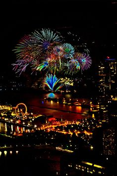 Chicago's Navy Pier Fireworks