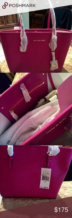 MICHEAL MICHEAL KORS JET SET TAVEL TOTE‼️SALE MICHEAL MICHEAL KORS JET SET TRAVEL TOTE COLOR FUSCHIA NEW WITH TAGS ! COMES WITH MK DUST BAG AS SEEN IN PICTURE ALSO COMES WITH A PINK POMPOM KEYCHAIN‼️GREAT CHRISTMAS PRESENT!ACCEPTING ALL REASONABLE OFFERS MICHAEL Michael Kors Bags Totes