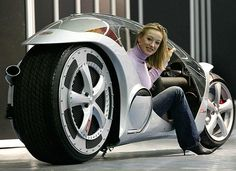 Cars Coei hao: Monotracer,The Future Motorcycle
