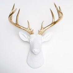 Large Deer Head - White and Gold Deer Head Wall Mount - 14 Point Stag Head Antlers Faux Taxidermy ND0108 #joias #engagementrings #jewelry #chocker #opal