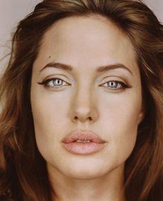 Jolie- Photo by Martin Schoeller