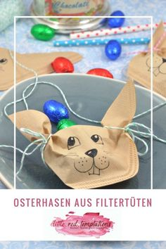 Osterhasen aus Filtertüten Perfect for the Easter table: this little DIY idea is a sweet goodie for your guests. The Easter bunnies from filter bags just fill with eggs and your easter table decoration is ready. Happy Easter, Easter Bunny, Easter Eggs, Easter Table Decorations, How To Make Paper, Spring Crafts, Little Red, Easter Crafts, Origami