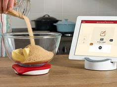 Drop is like having a scale, recipe box, and kitchen assistant all in one. This Bluetooth kitchen scale connects to your iPad, and takes you step-by-step through interactive recipes - no measuring cups needed.