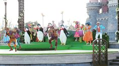 Dance ♡ #DisneylandParis #Marrypoppins #pingouin