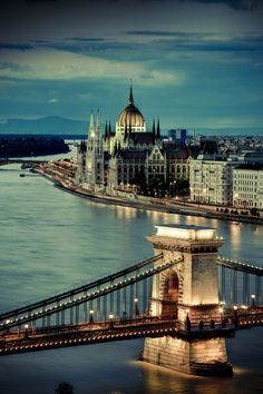 Hungary, Budapest, Parliament Buildings, Chain Bridge and River Danube (by Michele F.)