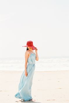 a flowy dress is ALWAYS a good idea for an engagement shoot