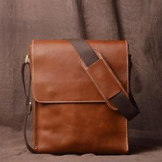 see a very large number unique tools to select from, like hand crafted supplies, classic realizes. Vintage Leather Messenger Bag, Small Leather Bag, Leather Card Wallet, Leather Bags Handmade, Handmade Bags, Leather Crossbody Bag, Crossbody Bags, Men Wallet, Men's Leather