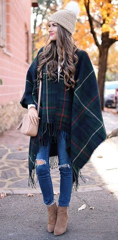 fashion trends \ oversized cape + ripped denim