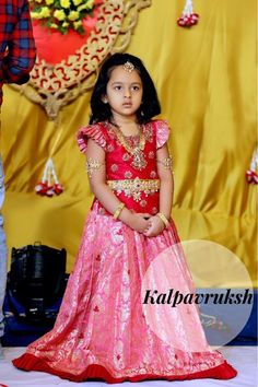 Super ideas party clothes for women girls Indian Dresses For Kids, Kids Indian Wear, Kids Ethnic Wear, Little Girl Dresses, Baby Lehenga, Kids Lehenga Choli, Sarees, Baby Frocks Designs, Kids Frocks Design