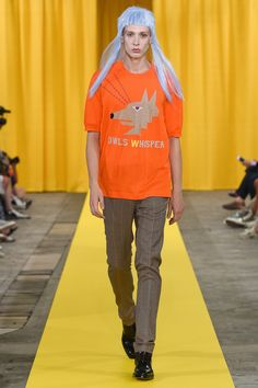 See the complete Walter Van Beirendonck Spring 2018 Menswear collection.