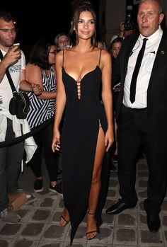The Hottest Women In The World: Emily Ratajkowski #emilyratajkowski #hottestwomen