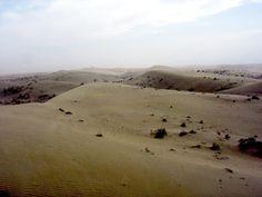 Deserto Taklamakan Shamo - Ásia - 344.000 km² -  Está localizado na Ásia, na Bacia do rio Tarim, na Ásia Central, em Xinjiang Uigure, na República Popular da China.