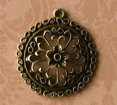 10 pcs Antique Bronze Round Vintage Style Charms by SandraSupplies, $3.50