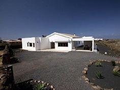 Villa in El Roque - 4 Bed Villa for rent in El Roque Fuerteventura sleeps up to 8 from £950 / €0 a week