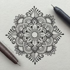 Mandala mehendi mandala art more mandala tattoo Mandala Art, Mandala Design, Design Lotus, Mandalas Painting, Mandalas Drawing, Mandala Tattoo, Mandala Doodle, Zen Doodle, Henna Mandala