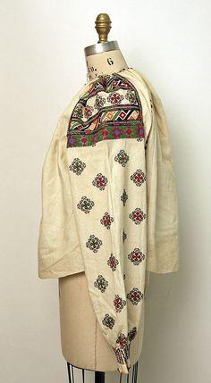 Metmuseum Russian Embroidery, Folk Embroidery, Folk Costume, Costumes, Metropolitan Museum, Kimono Top, Textiles, Blouse, Cotton