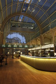 Paul Hamlyn Hall Champagne Bar by Designers, London hotels and restaurants Café Restaurant, Restaurant Design, Restaurant Interiors, Royal Opera House London, Module Design, Palace, Bar A Vin, Interior Architecture, Interior Design