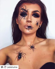 Halloween: Make up & Kostüme We've got picked out the ten finest Halloween make-up concepts for you. Amazing Halloween Makeup, Pretty Halloween, Halloween Eyes, Halloween Spider Makeup, Halloween Make Up Scary, Leopard Halloween, Halloween Costumes, Awesome Makeup, Halloween Inspo