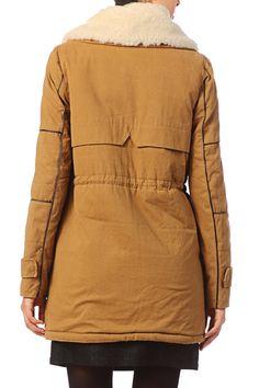 b2331c23ae36 57 meilleures images du tableau vestes   Jackets, Parka et Ready to wear